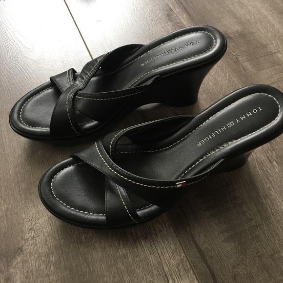 4372ea454 Tommy Hilfiger Black Leather Slide Wedge Sandals. M 5af90a6872ea883f962b5e11